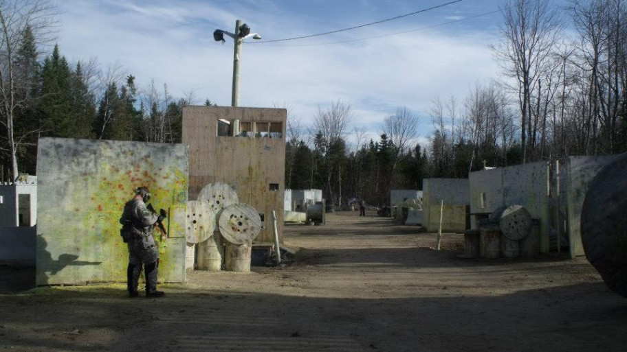 Xtream Paintball - Le village