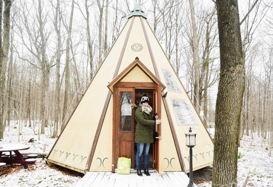 Glamping & airplane winter package