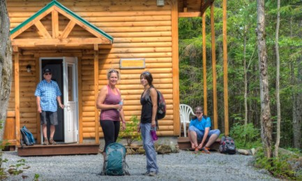 Cottage and hiking at a cheap price!